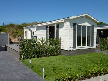 Luxury Chalets near Zandvoort and Amsterdam in IJmuiden near beach and ports - chalet Duindoorn