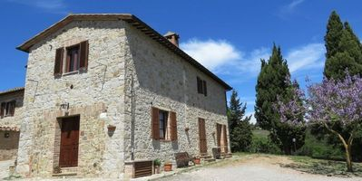 Photo for Agriturismo IL PODERUCCIO. Studio with stunning views in the Val d'Orcia