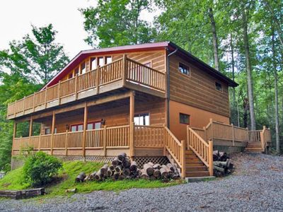 Photo for AWESOME MOUNTAIN VIEWS,Hot Tub, FREE Area Attraction Tickets!!!