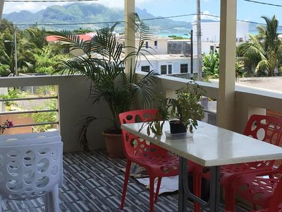 Photo for Spacious apt with sea view and garden