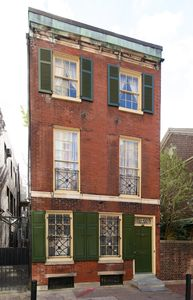 Charming Rittenhouse Colonial Guest House