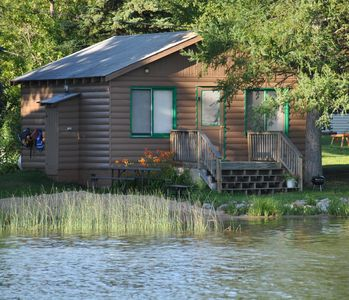 2 BR cabin at Walters Resort-a lakefront getaway! Pets accepted Spring/Fall (#3)