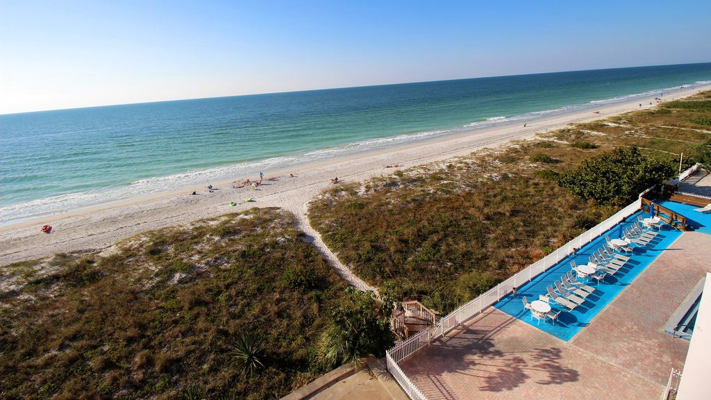 500 Off Special For Two 1 13 Week Beachfront Penthouse