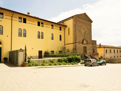 Photo for Nice apartment for 4 people with pool, WIFI and parking, close to Greve In Chianti