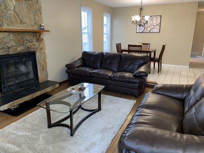 Photo for Beautifully Furnished 3bd/2bth in Prime Location!