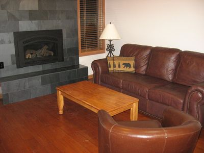 Photo for 2 bedroom/2 bath, washer/dryer in unit. Base of Peak 9-Walk to ski lifts & town
