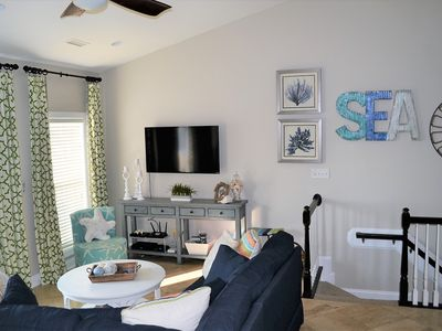 Photo for Oceanfront complex, Sleeps 11 comfortably.