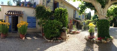 Photo for Self-Catering 2 Bedroom Gites in the Heart of Provence