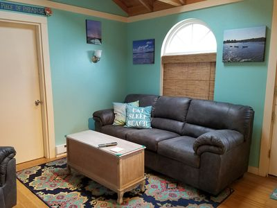 Photo for Coastal Maine cottage w/ firepit and community pool & hot tub - walk to beach!