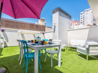Photo for Central New Penthouse private terrace. Pool AC 1BR