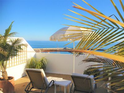 Photo for Spacious penthouse with sea views & Aircon + TV, Close to marina, restaurants, bars and town centre