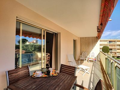Photo for Spacious apartment in property with swimming pool 500 m from sandy beaches in Antibes