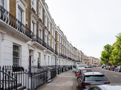Photo for Luxury historic family house in the heart of London (Westminster