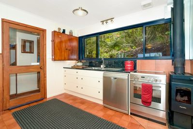 Coromandel Cottage ~ Fully equipped modern kitchen