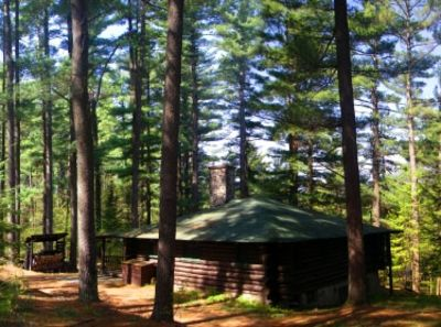 Authentic Log Cabin, Secluded Site on the Ausable River