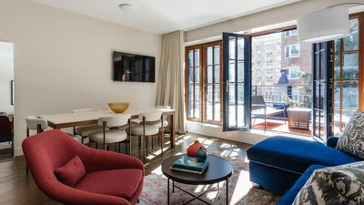 Photo for Aria - 2 bedroom, 2 bath Luxury Apartment in Gramercy