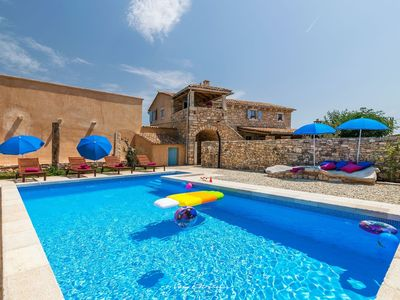 Photo for Rustical stone villa with private pool in Istria