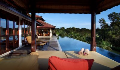 Photo for Luxury Villas - 45 min from Singapore