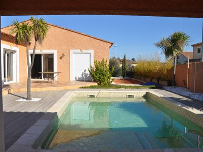 Photo for Villa 8 people with swimming pool - private Jacuzzi