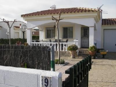 Photo for House calm with garden, 100m of the beach