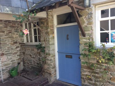 Photo for A comfortable 2 bedroomed cottage in the heart of Salcombe