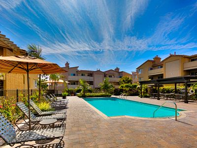 Photo for 25% OFF OCT- Ritz Pointe Condo, Pool/Jacuzzi, Close to Beach+World Class Spas