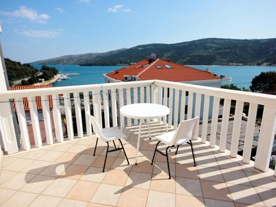 Photo for One bedroom apartment with terrace and sea view Marina, Trogir (A-10003-b)