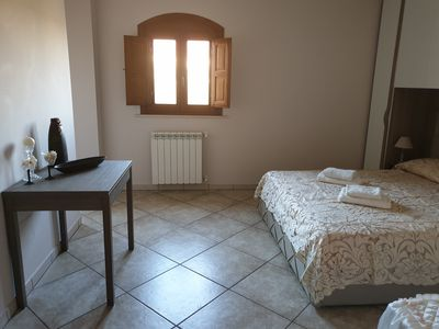 Photo for Gold room, triple just one hundred meters from the sea