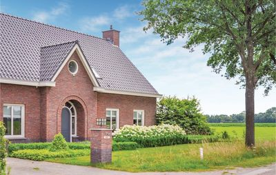 Photo for 5 bedroom accommodation in Leende