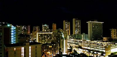 Honolulu Waikiki Central Location With Views- Great Deal