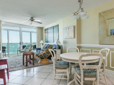 Photo for Crescent Keyes -  709 This condo is contemporary and colorful, with custom paint throughout.