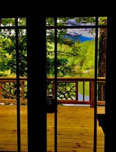 Photo for Luxury Tree House at the Water's Edge of Hogback Lake, Sapphire NC