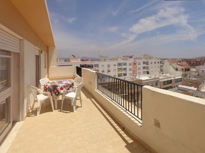 Photo for Three Bedroom Apartment in Faro, wiht terrace and internet
