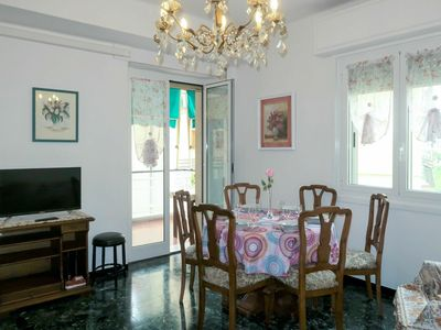 Photo for Beautiful apartment for 6 guests with WIFI, A/C, TV, balcony and pets allowed