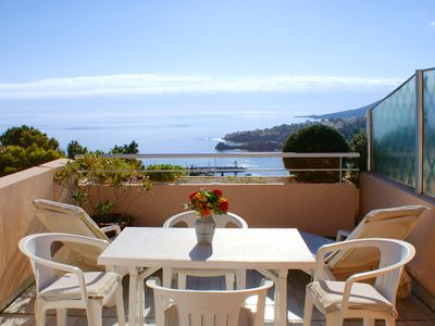 Photo for 2 rooms (2-4 persons), terrace, very nice view of the sea and mountains