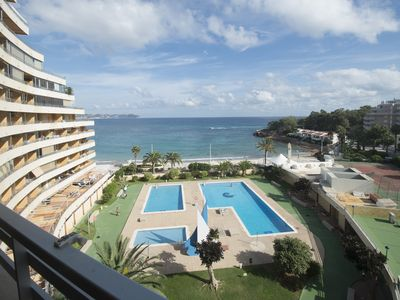 Photo for Edf. Voramar with frontal views to the sea in Calpe, on the beach of la fossa