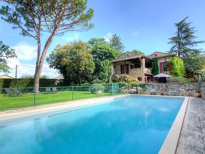 Photo for 3 bedroom Villa, sleeps 6 in Beaumettes with Pool and WiFi