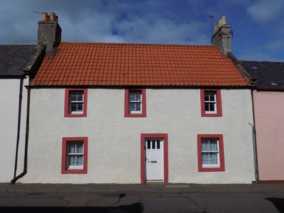 Photo for Cosy cottage near Elie, beaches, golf, pet friendly, late August cheap bargains!
