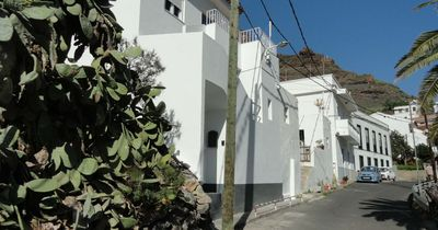 Photo for Nice newly renovated studio apartment in a quiet location near the sea