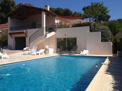 Photo for 3 min from the sea, Portissol, Sanary, beautiful contemporary villa, large pool