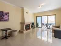 Lovely apartment in a good location near all amenities