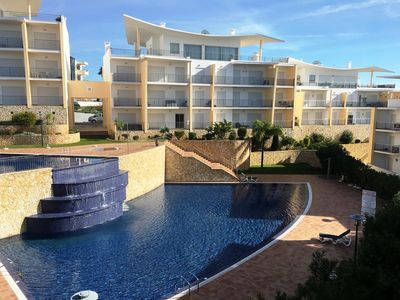 Photo for T1 +1 apartment, refurbished, beautiful view of the sea and harbor, wifi & a / c