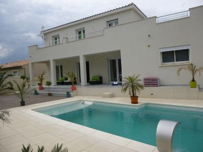 Photo for CALIFORNIAN VILLA WITH POOL AND TERRACES for 10 people