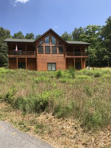 Photo for White Oak Mountain Cabin - 15min from Tryon Equestrian Ctr