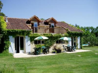 Photo for Gers Countryside Gite sleeps 6 with Pool