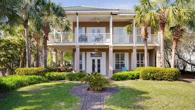 Photo for Beautiful Beach House! 1 block to Beach, Next to Pool, Hot tub, Tennis Court!