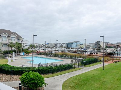 Photo for Luxuray Condo with swimming pool and boat slip