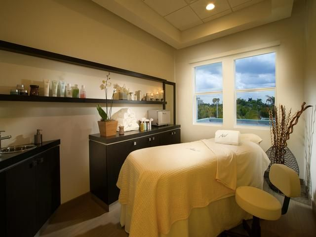 Provident Doral at the Blue, Blue View Suite, 2 full beds Newly Listed Florida Resort!!!!