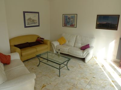 Photo for Bright south facing apartment in house 20 'Aix-en-Provence 30' Marseille