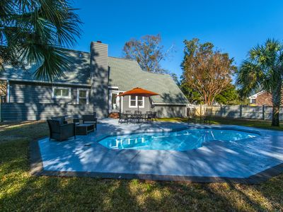 Photo for Huge Yard, Sparkling Pool, Bike to the Beach